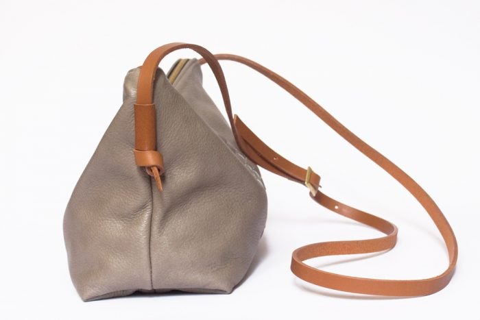 Buster-small-gris_2038